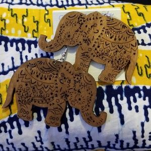 Jewelry - Wooden Carved Elephant Earrings! Black or Brown
